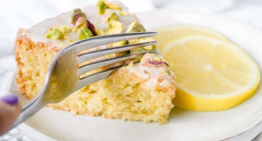 Vegan Olive Oil Cake Recipe | Chenée Today