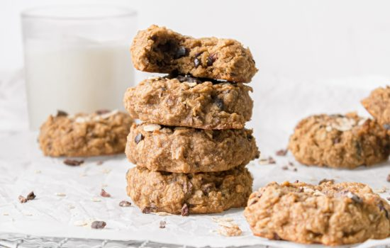 Vegan Peanut Butter Oatmeal Cookies with Banana and Cacao