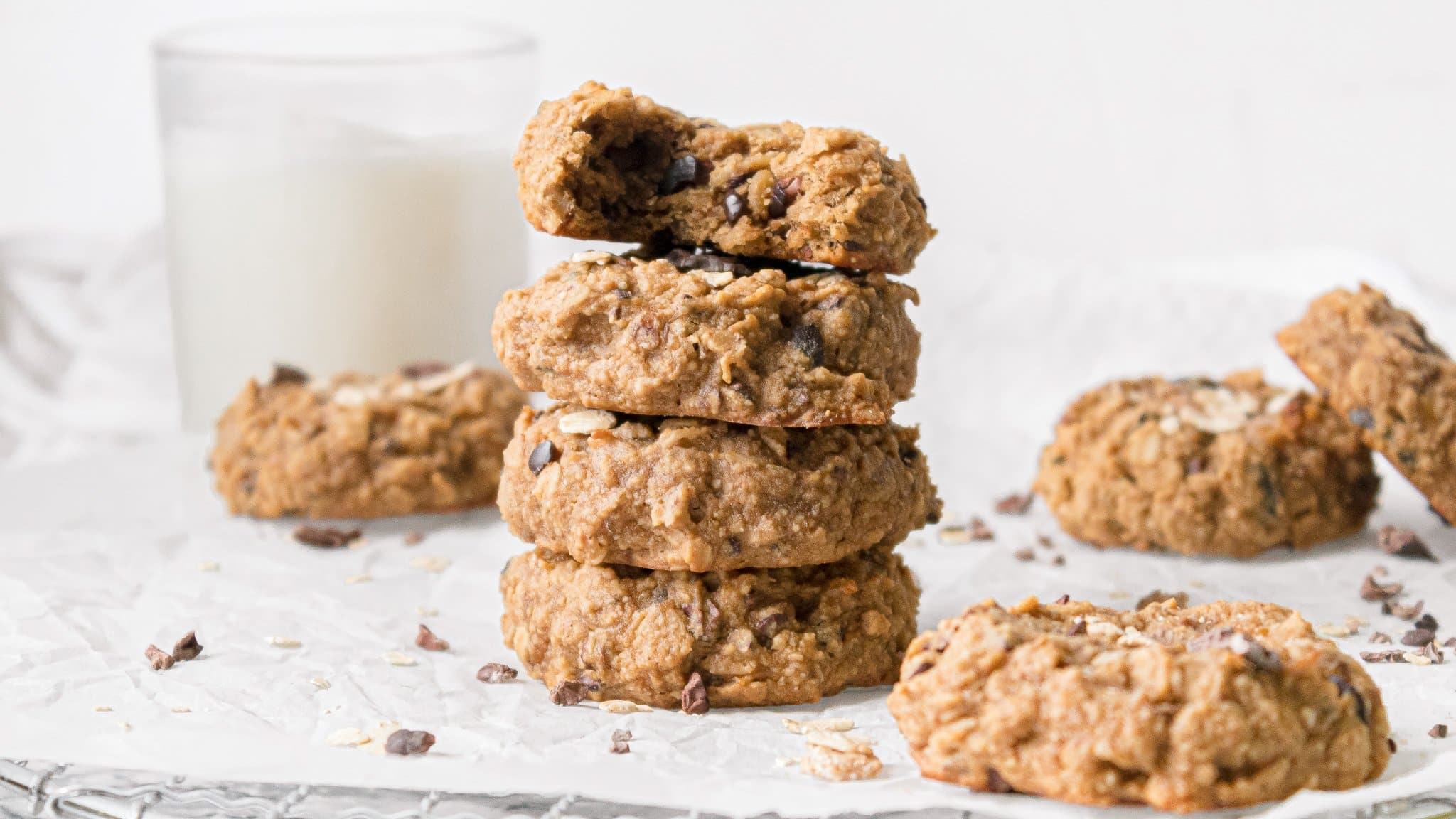 Vegan Oatmeal Cookies with Banana, Cacao, and Peanut Butter