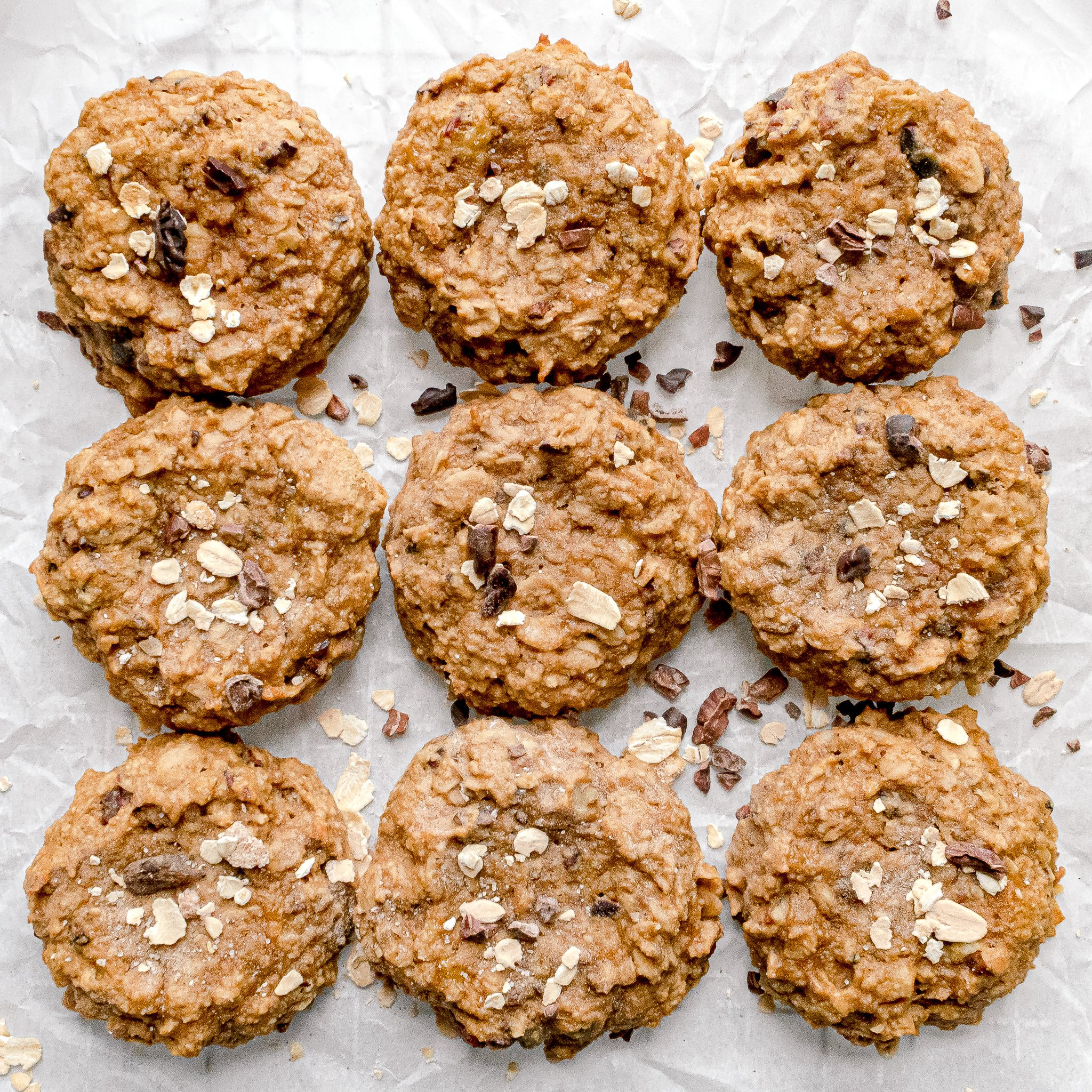 Banana Oatmeal Cookies - Vegan, Gluten Free, No Refined Sugar! | Chenée Today