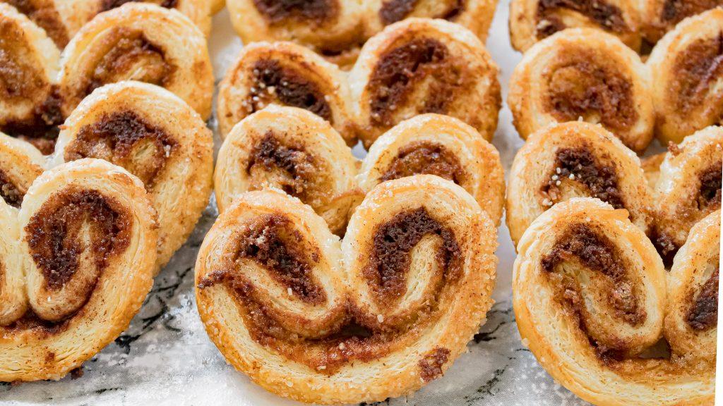 Cinnamon Palmiers Recipe - Easy Puff Pastries with Cinnamon Sugar | Chenée Today