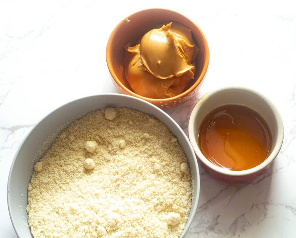 almond flour peanut butter cookies ingredients