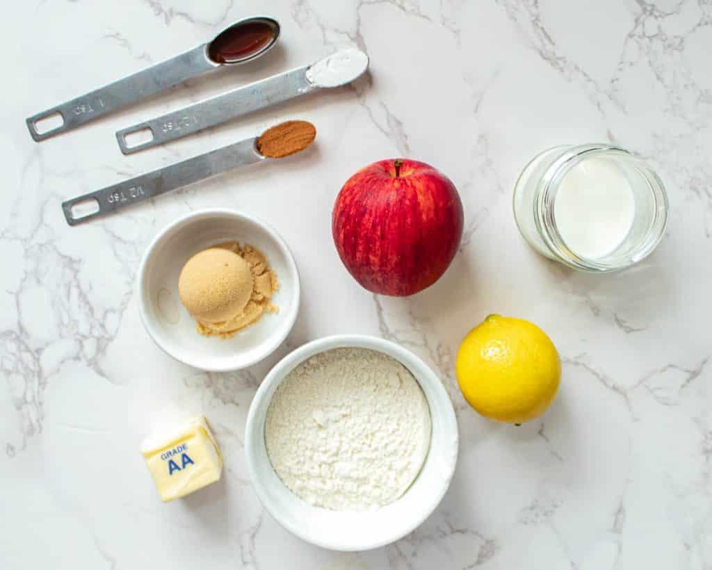 apple pie mug cake ingredients